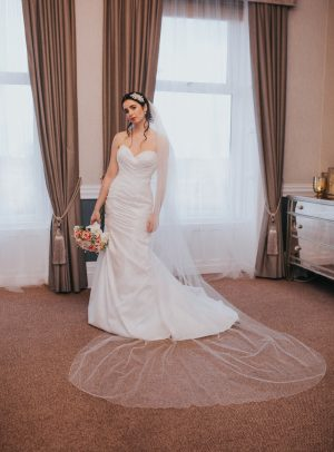 TB18-11 two layer plain cathedral veil