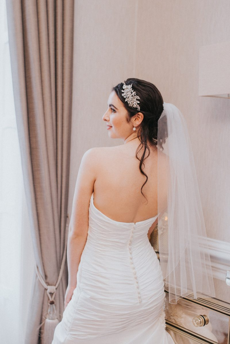 TB18-16 one layer simple and plain wedding veil